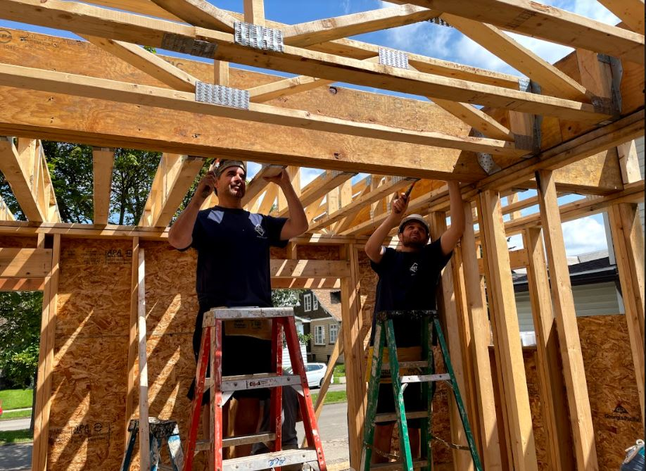 Helping Hands Head to Habitat for Humanity